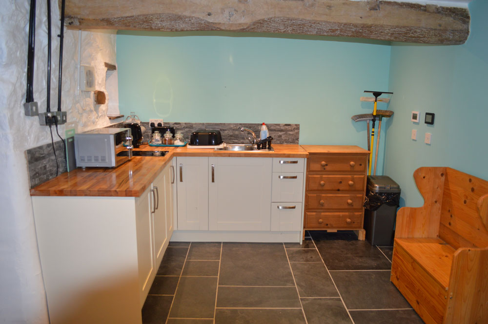 self catering kitchen at lake district barn in ennerdale
